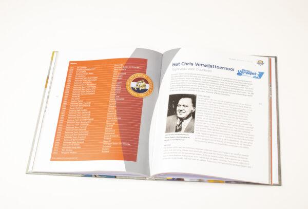 75jaarboek-binnekant