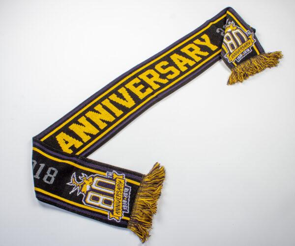 80jarigse-sjaal-gerekt